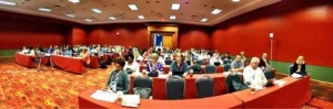 Panorama of participants at CEC iPad workshop.